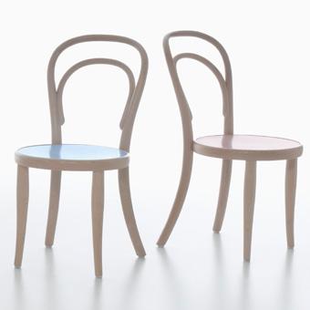 Chaise bistrot thonet ronde en h tre noirci bentwood chair for Chaise bistrot thonet