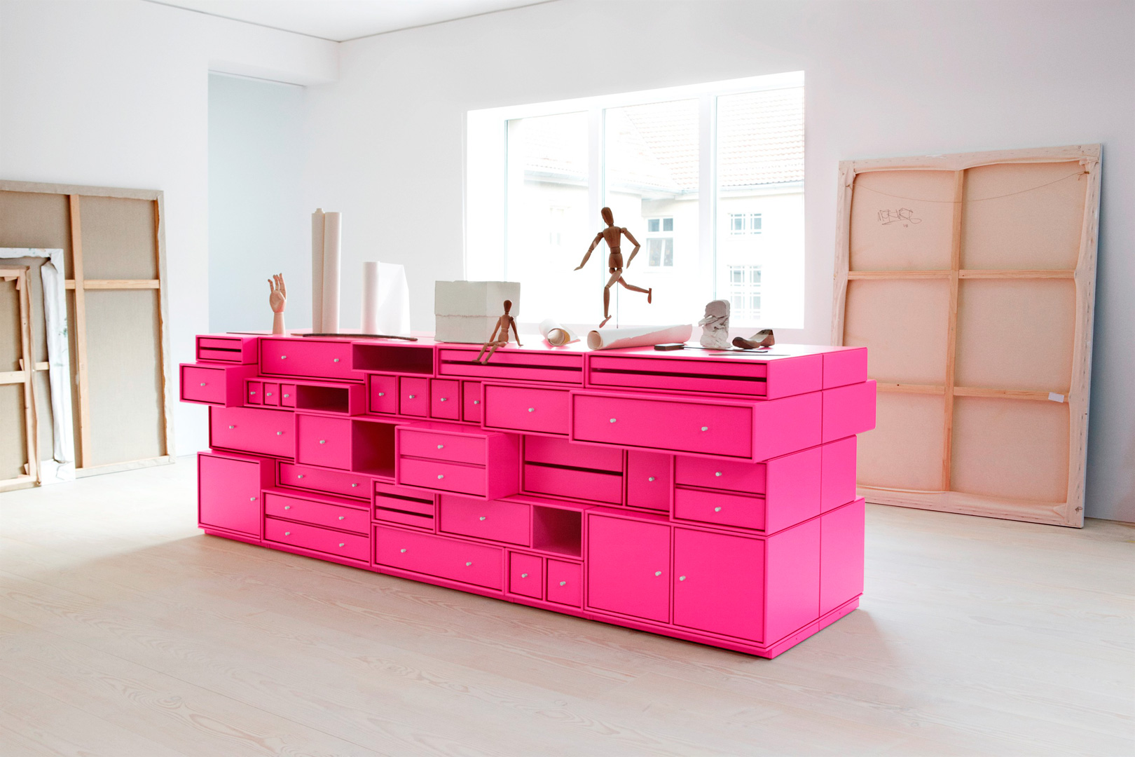Meubles de rangements modulables montana caroline munoz for Meubles furniture