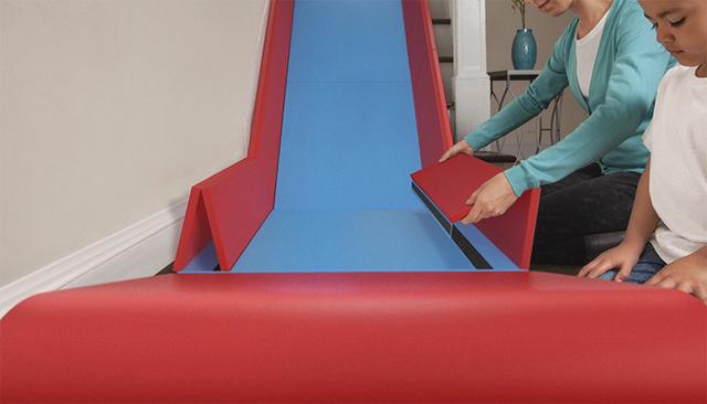 sliderider un toboggan pour escaliers caroline munoz. Black Bedroom Furniture Sets. Home Design Ideas