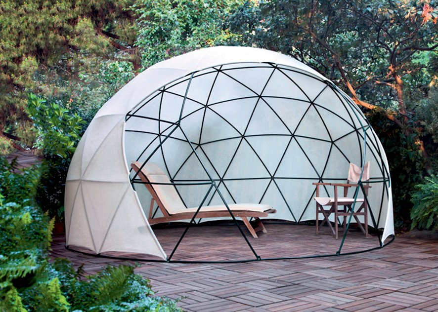 Un igloo de jardin caroline munoz for Igloo de jardin